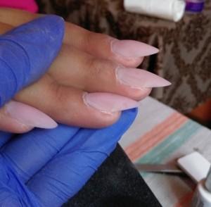 kurs przedłużania paznokci metodą żelową